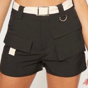 Pretty little thing belted cargo shorts in black